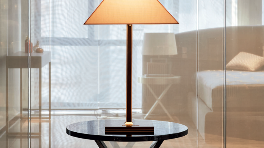 LOGO Table lamp/BOCCHERINI Small table