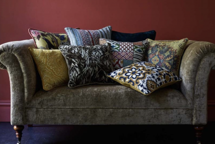 gp and j baker upholstery stof herstofferen kravet mulberry